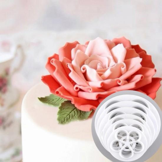 Rožių žiedlapių pjovikliai