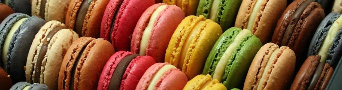 Macarons sausainių kepimas